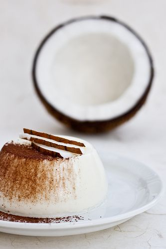 La ciliegina sulla torta: Un dessert per gli amanti del cocco