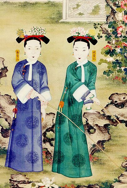 Qing Dynasty Women- Women in the Qing dynasty was lower in the tiers of society because they were unable to inherit their fathers property. A virtuous women in the Qing society were those who were obedient to their husbands and mothers.