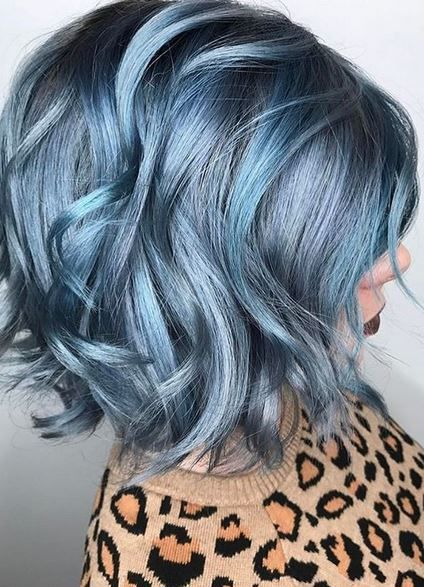 vibrant blue hair color