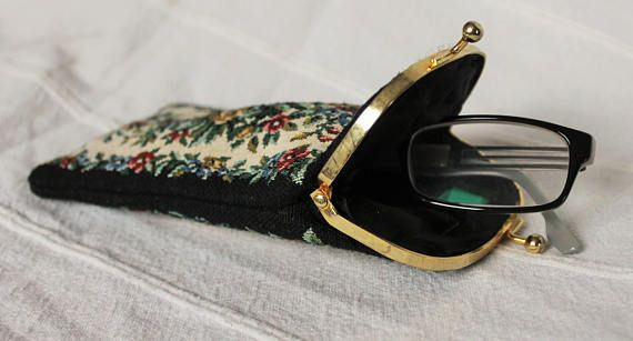 Vintage Tapestry Spectacle Case Gobelin Fabric Vintage Glasses Case Floral Embroidery Couch Print Sunglass Vintage Tapestry Retro Eyeglasses Printed Sunglasses