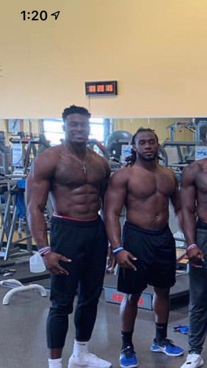 Dk Metcalf Is The Dude On The Left And He Is A Wide Out Dude Looks Like Defensive End College Football Players Nfl Fans Very Funny Memes