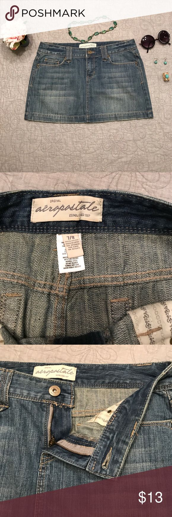 🌺Aeropostale Denim Mini Skirt EUC🌺 Size 7-8. Classic denim mini skirt for all seasons. Show off your legs in the summer or Pair with tights or leggings in cooler weather All reasonable offers considered. 🌺 Aeropostale Skirts Mini