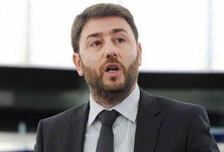 En Arxikos Politis: Ανδρουλάκης: «Όχι στην ενότητα για να μοιράσουμε υ...