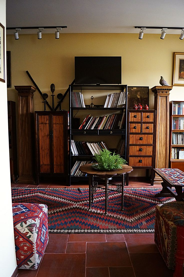 Library of Silk Road Hotel