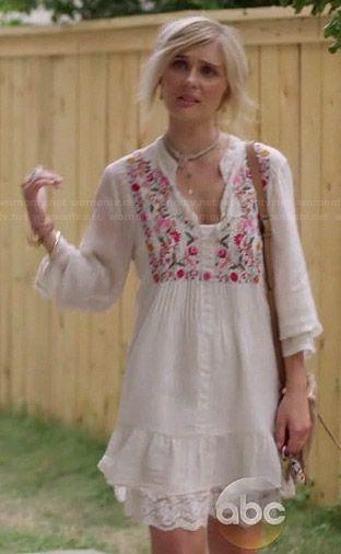 Scarlett's white floral embroidered peasant dress on Nashville.  Outfit Details: http://wornontv.net/37576/ #Nashville