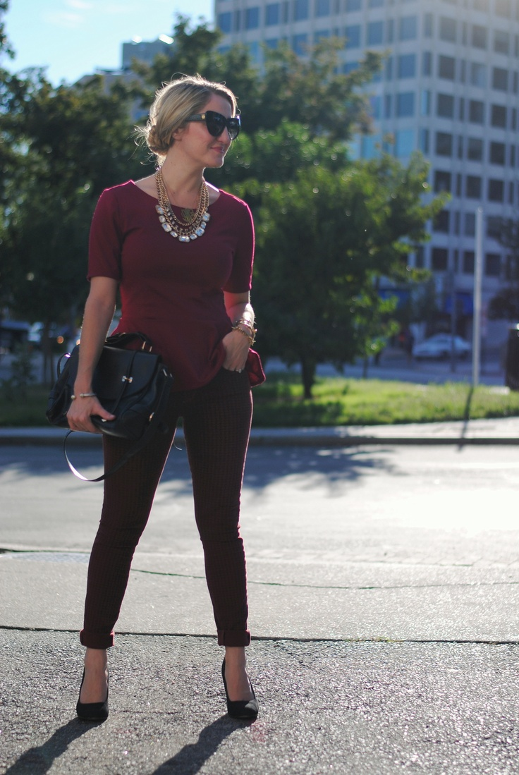 A Lacey Perspective: Seminole Nation. Blogger Style.: Burgundy Tops, Lacey Perspective, Statement Necklaces, Bloggers We Lov, Bloggers Style, Seminoles National, Black Heels, Blogger Style, Black Pants