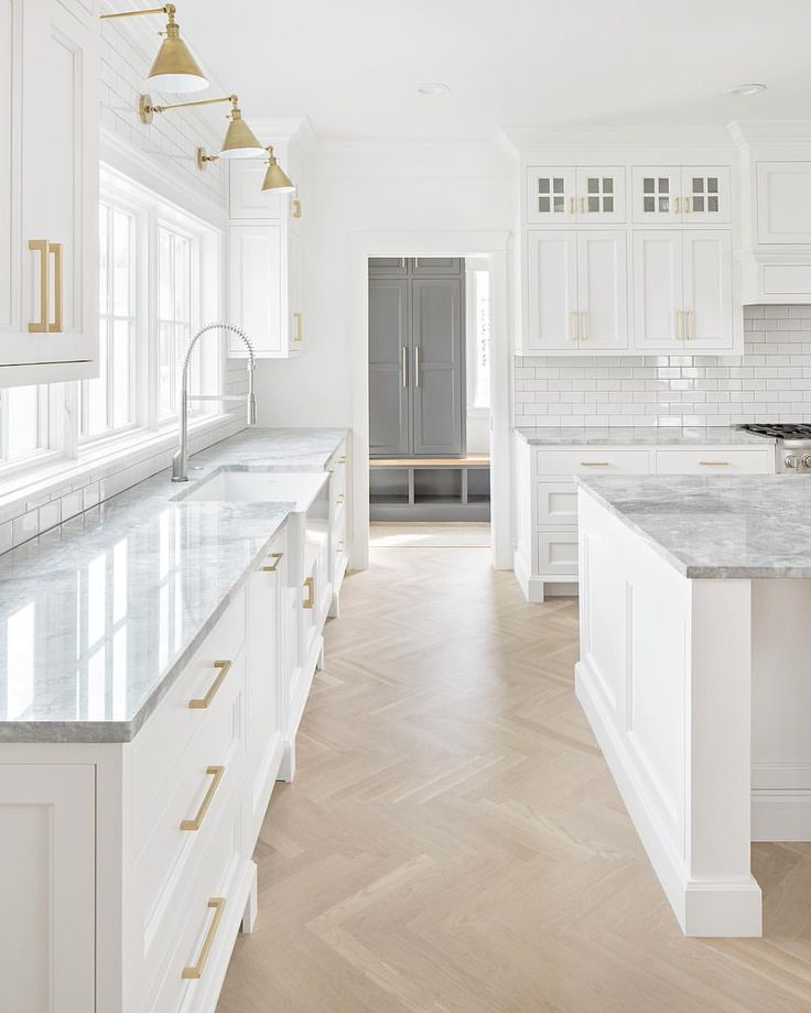 Fresh and clean newly finished client's kitchen.  #thefoxgroup cabinetry by @ryanreedercabinets