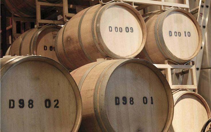 #Правила #хранения #вина от Деметра Вудмарк. #Стеллажи для #вина - основной предмет #интерьера #винного #погреба. Винные стеллажи и шкафы модульного типа создадут в погребе таинственную атмосферу прошлого. Стеллажи на заказ, выполненные из массива твердых пород дерева бука, ясеня, клена или дуба, подчеркнут статус, а разнообразие модулей - индивидуальность винного погреба. Оборудование винного погреба или винной комнаты целая наука! Обратитесь к профессионалам!
