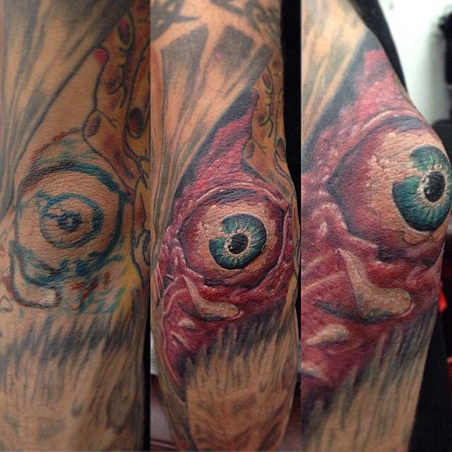 Elbow Eye