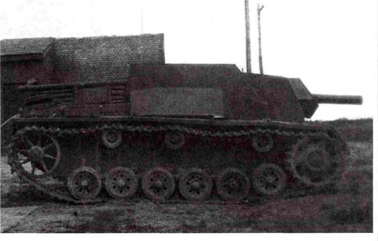 """Działo samobieżne na podwoziu przechwyconych / przechwyconych czołgów Armii Czerwonej. Na """"tygrysy"""" w Berlinie!"""