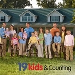 19 Kids and Counting - Love it!  Check out their website too.  #duggar #large family #homeschool #christian