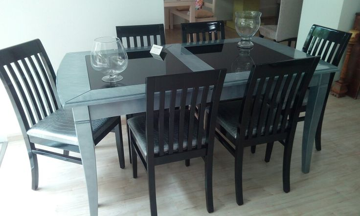 Modern-classic dining table and chairs in astonising grey and black combination