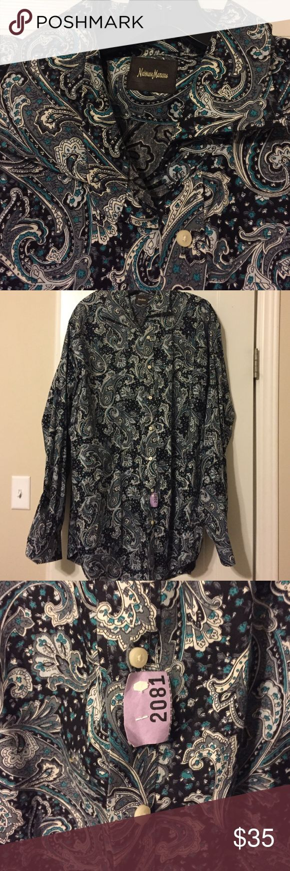 Neiman Marcus dress shirt xxl paisley Cute Neiman Marcus dress shirt that does not fit my husband any more as you can see it has been dry cleaned it is cotton and has colors of gray teal and black and white in excellent condition ask any questions! Neiman Marcus Shirts Dress Shirts