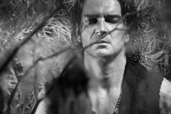 """Escucha """"Apnea"""", lo nuevo de Ricardo Arjona   http://caracteres.mx/escucha-apnea-lo-nuevo-de-ricardo-arjona/"""