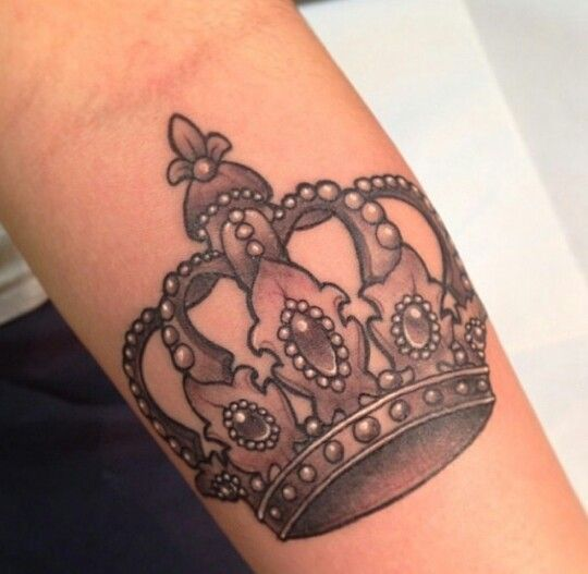 17 best images about ink i covet on pinterest crown for Best crown tattoos