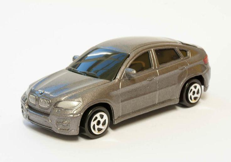 1:64 scale BMW X6 – by RMZ