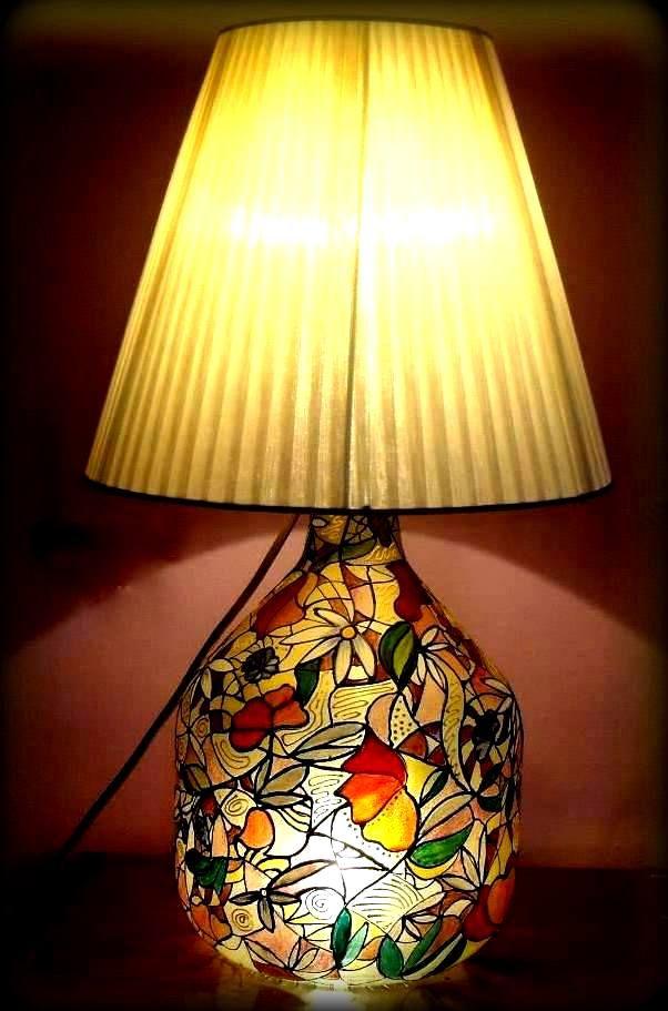 La04 Petali Lampada dipinta a mano | Hanùl style, borse dipinte a mano e accessori dipintiHANUL di Giorgino Daniela