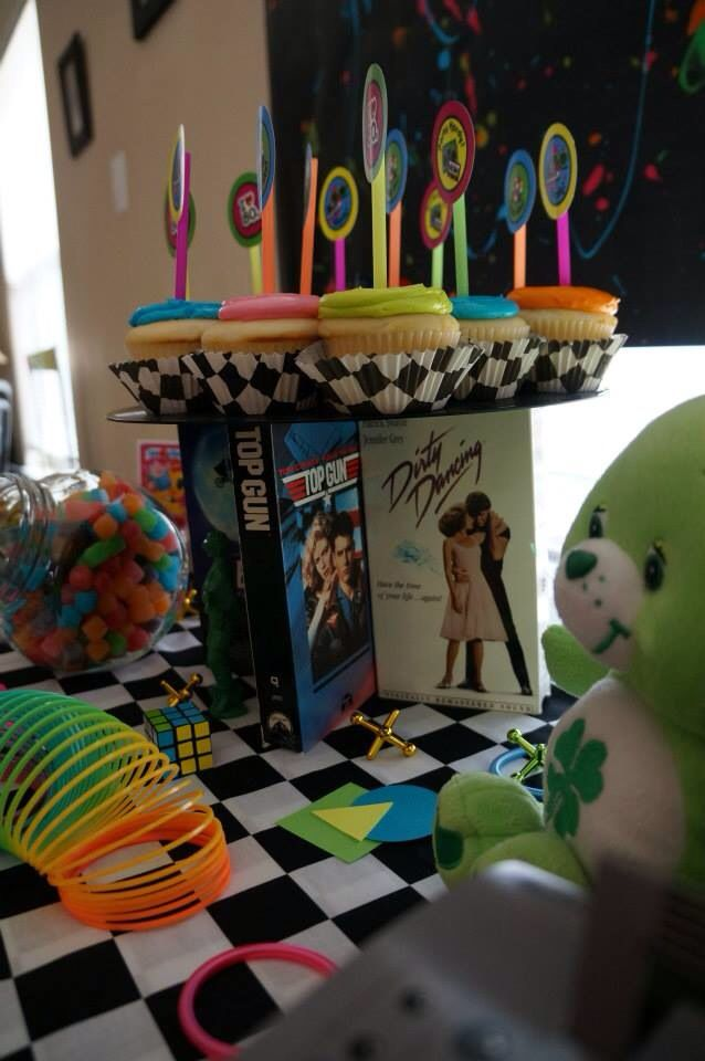 25 best ideas about 80s party decorations on pinterest for 80s decoration party