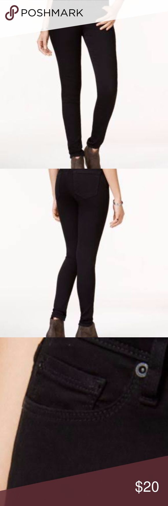 American Rag black wash skinny jeans In perfect condition. Size 5S (short), and stretchable. Love these jeans with booties! American Rag Jeans Skinny