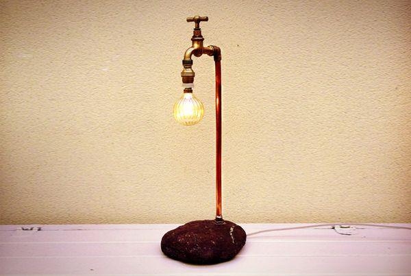 Lámpara Grifo de Pie