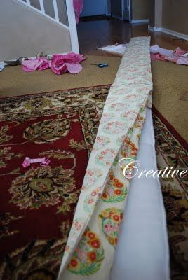 Creative Urges-Creative Blogspot: How to make a crib bumper tutorial...  http://mycreativeblogspot.blogspot.com/2011/05/how-to-make-crib-bumper-tutorial.html