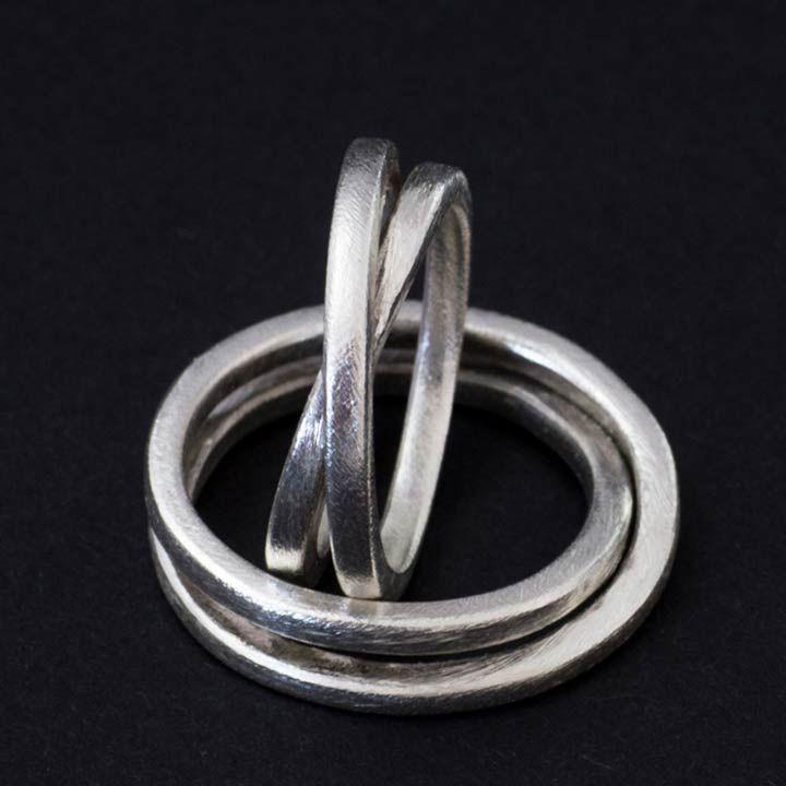 Silberne Trauringe - unendliche Acht