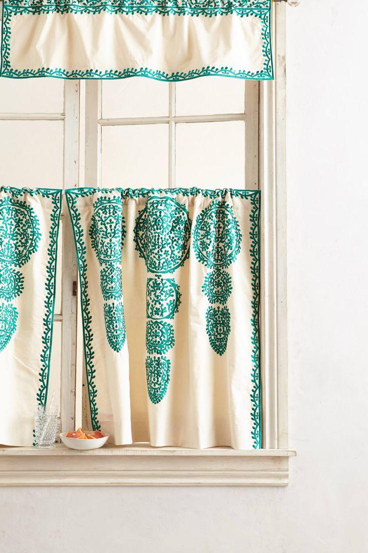 Best 25 Cafe Curtains Ideas On Pinterest Cafe Curtains