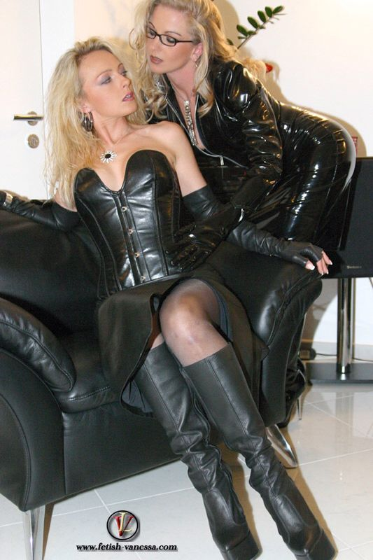 Leather Sex Outfits 60