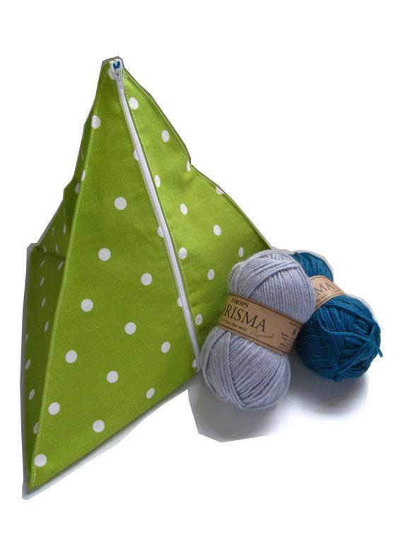 Green spotty pyramid knitting bag. Sewing, knitting, stashing. UK location.