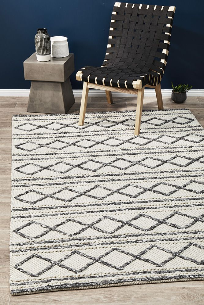 Milly Textured Woollen White Grey Rug Online Only Matt Blatt
