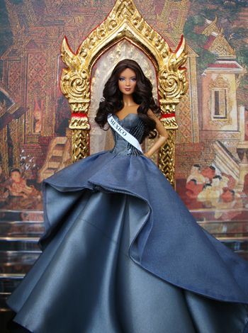 2009 Miss Mexico  (2nd Runner Up Miss  Beauty Doll) (Best National Costume) (Best Orchid)