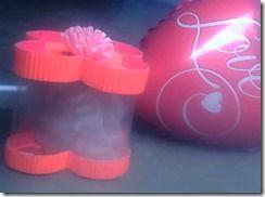 Cajitas de acetato y cartón corrugado una forma hermosa de dar un regalo.