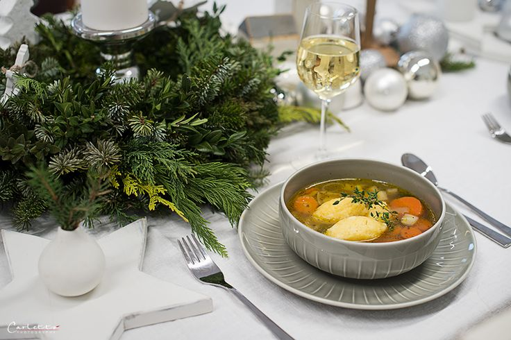 Käse Grießnockerl Suppe mit Gemüse Bouillon, Gemüse Bouillon, Gemüse Suppe, Suppe, Gemüse, Karotten, Nockerl, Grießnockerl, Vorspeise, Käse Grießnockerl