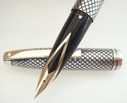 319759c9c47 Caneta Tinteiro Sheaffer Imperial Diamante Silver Sterling - R  1.200