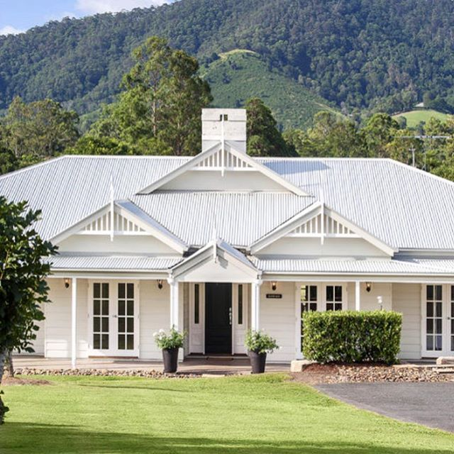 Every time I think about anything other than white exteriors, I see another beauty and wonder what I was thinking. Seriously can't be beaten. Image via realestate.com.au