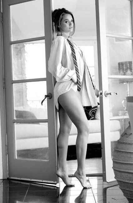 Portrait - Boudoir - Black and White - Photography - Pose... I would wear my mans flight line jacket and maybe hold his helmet... Read More : http://bronzelife.info/beautiful-faces-19/