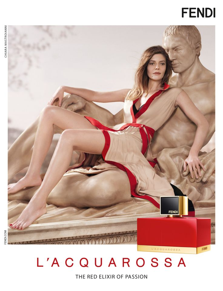 L'Acquarossa by Fendi, the new fragrance for women. The perfume is created by Delphine Lebeau, Benoit Lapouza and Francois Demachy, who choose Sicilian mandarin, Calabrian bergamot and a prune accord for the top notes. The heart of the composition blends red-and-gold lantana flowers, rose, orange blossoms and magnolia, while the base notes bring nuances of red cedar, musk and Indonesian patchouli.