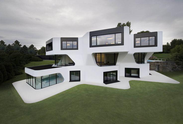 Au enansicht mit garten luxus efh villa dupli casa in for Moderne villen deutschland
