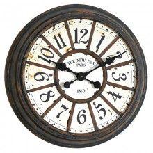 Настенные часы от Dialma Brown Винтажные настенные часы DIALMA BROWN в деревянном корпусе во французском стиле конца XIX века Цвет Как на фото Материал Дерево, Металл Стиль Винтаж Длина 58 см Глубина 12 см Высота 58 см Объем 0,063 м3 Вес  5 кг Артикул:  BH3069