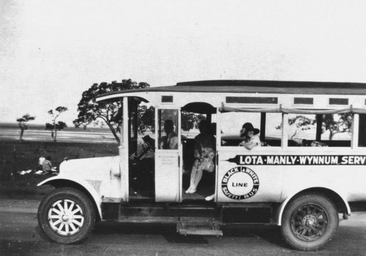 Wynnum - Mr Lewis at the wheel of their first vehicle 1926
