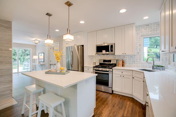 White Kitchen Heaven White Shaker Cabinets Marble Backsplash