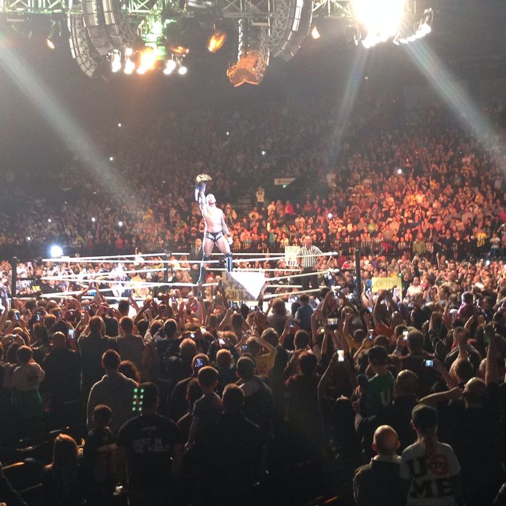 wwe live.. LG arena November 2013