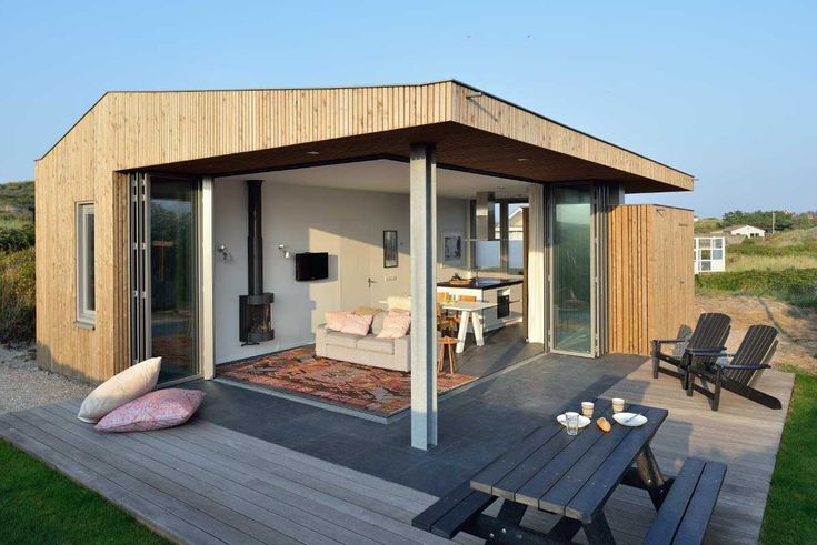 A small holiday home on the Dutch Island of Vlieland. See more at: http://humble-homes.com/small-holiday-home-set-dutch-island-vlieland/