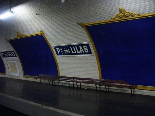 """Résultat de recherche d'images pour """"Les stations fantômes du métro de Paris quais morts porte des lilas"""""""