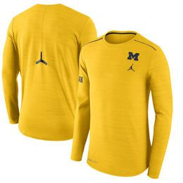 Michigan Wolverines Brand Jordan 2017 Player Sideline Dri-FIT Breathe Long Sleeve Top - Maize