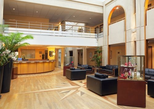Set in landscaped gardens adjacent to pine forests, the welcoming Holiday Inn Resort Le Touquet is 1km from the centre of Le Touquet, home to 3km of sandy beach.