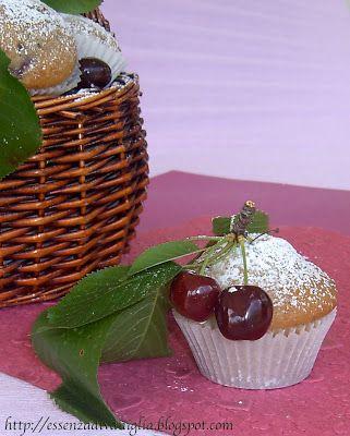Essenza di Vaniglia: I meravigliosi Muffins alla Ciliegia di Anice&Cannella...