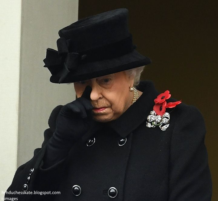 """Due to the length of the service and the Queen's age, it seems a sensible decision, although it was with a tinge of sadness I saw Rebecca English's tweet, """"We will never see HM lay a wreath at the Cenotaph again."""" Duchess Kate"""