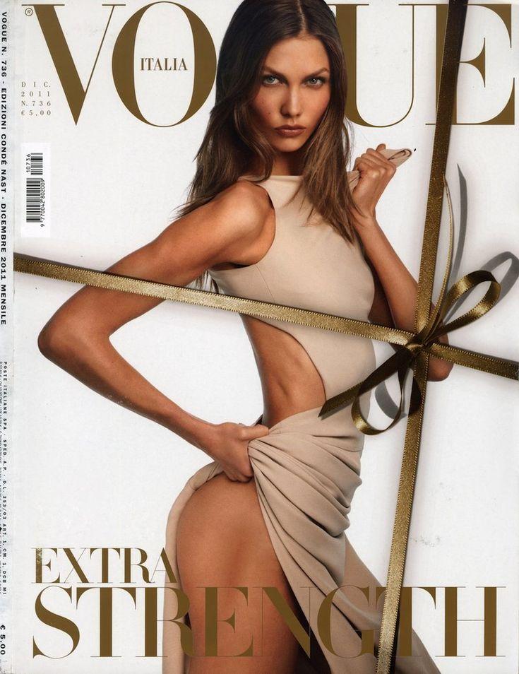 Vogue Italia - Vogue Italia December 2011 Cover