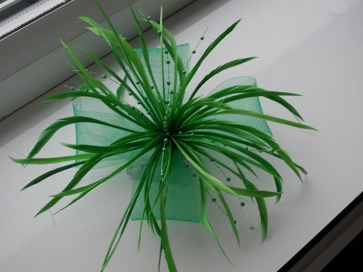 SUMMER SALE...Green Fascinator